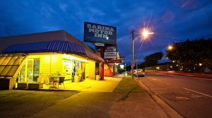 Sarina Motor Inn - Accommodation Brunswick Heads