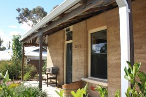 Hotham Ridge Winery and Cottages - Accommodation Brunswick Heads